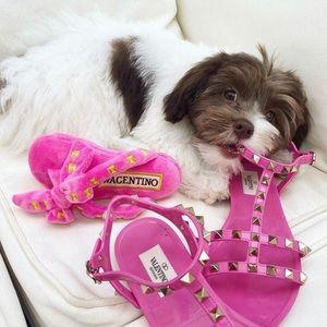 Wagentino Sandal Dog Toy